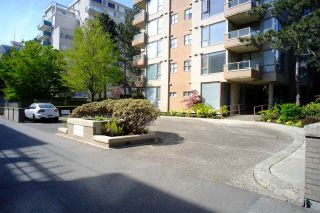 """Photo 3: 503 2108 W 38TH Avenue in Vancouver: Kerrisdale Condo for sale in """"The Wilshire"""" (Vancouver West)  : MLS®# R2058864"""