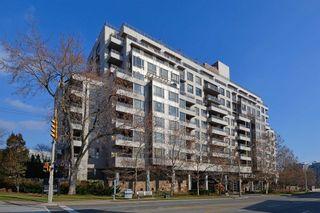 Photo 1: 411 2662 W Bloor Street in Toronto: Kingsway South Condo for sale (Toronto W08)  : MLS®# W4646106