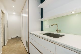 """Photo 7: 304 219 E GEORGIA Street in Vancouver: Strathcona Condo for sale in """"The Flats"""" (Vancouver East)  : MLS®# R2562533"""