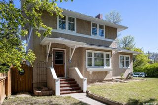 Photo 2: 623 Bedford Road in Saskatoon: Caswell Hill Residential for sale : MLS®# SK856701