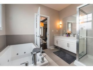 """Photo 12: 27 15988 32 Avenue in Surrey: Grandview Surrey Townhouse for sale in """"BLU"""" (South Surrey White Rock)  : MLS®# R2420244"""