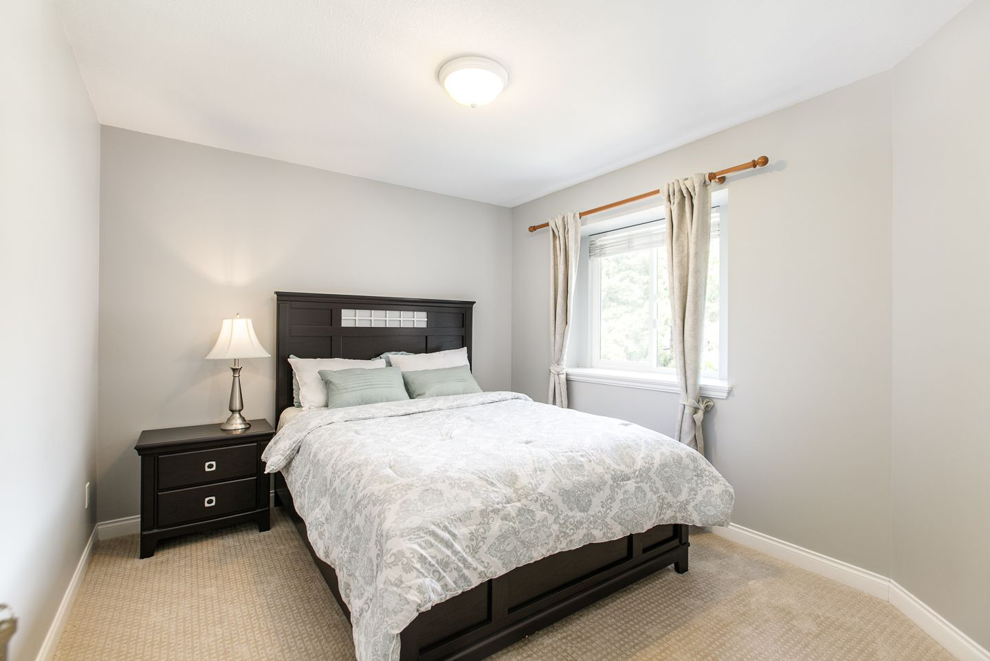 Photo 11: Photos: 14135 23A STREET in SOUTH SURREY WHITE ROCK: Sunnyside Park Surrey House for sale (South Surrey White Rock)  : MLS®# R2349560