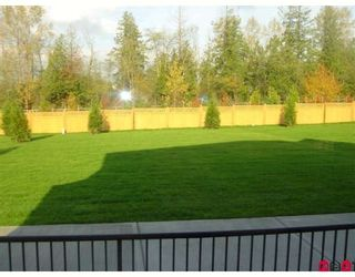 """Photo 5: 21171 83B Avenue in Langley: Willoughby Heights House for sale in """"Yorkson"""" : MLS®# F2721888"""