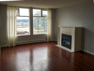 "Photo 3: 907 720 CARNARVON Street in New Westminster: Downtown NW Condo for sale in ""CARNARVON TOWERS"" : MLS®# R2105575"