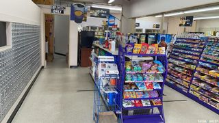 Photo 4: 301 Railway Avenue in Vanscoy: Commercial for sale : MLS®# SK872075