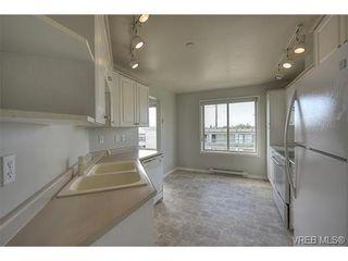 Photo 9: 207 3700 Carey Rd in VICTORIA: SW Gateway Condo for sale (Saanich West)  : MLS®# 733066