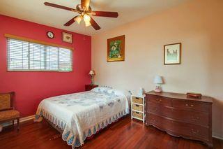 Photo 19: VISTA House for sale : 5 bedrooms : 1586 Sunrise Dr