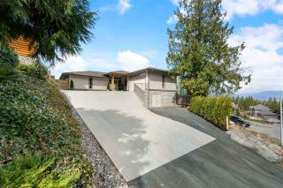 Photo 1: 7245 MARBLE HILL Road in Chilliwack: Eastern Hillsides House for sale : MLS®# R2555658