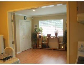 Photo 2: 1041 FRASER AV in Port Coquitlam: House for sale : MLS®# V773984