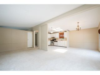 """Photo 10: 228 20071 24 Avenue in Langley: Brookswood Langley Manufactured Home for sale in """"Fernridge Park"""" : MLS®# R2600395"""