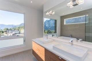 """Photo 13: 2186 WINDSAIL Place in Squamish: Plateau House for sale in """"Crumpit Woods"""" : MLS®# R2201089"""