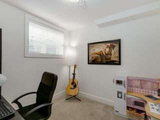 Photo 14: 865 E 10TH Avenue in Vancouver: Mount Pleasant VE 1/2 Duplex for sale (Vancouver East)  : MLS®# R2068935