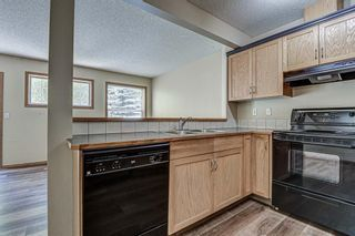 Photo 5: 17 Eversyde Court SW in Calgary: Evergreen Row/Townhouse for sale : MLS®# A1120200