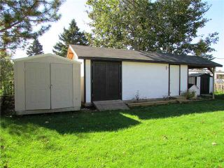 """Photo 3: 8819 75TH Street in Fort St. John: Fort St. John - City SE Manufactured Home for sale in """"ANNEOFIELD"""" (Fort St. John (Zone 60))  : MLS®# N230729"""