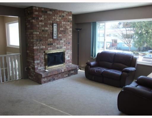 Photo 2: Photos: 3731 EVERGREEN Street in Port_Coquitlam: Lincoln Park PQ House for sale (Port Coquitlam)  : MLS®# V750041