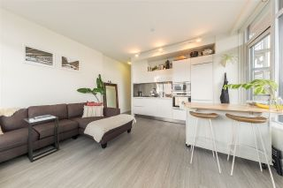"Photo 4: 501 123 W 1ST Avenue in Vancouver: False Creek Condo for sale in ""COMPASS"" (Vancouver West)  : MLS®# R2465773"