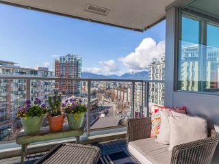 "Photo 13: 701 2770 SOPHIA Street in Vancouver: Mount Pleasant VE Condo for sale in ""STELLA"" (Vancouver East)  : MLS®# R2555466"