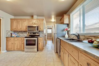 Photo 3: 2815 11 Avenue SE in Calgary: Albert Park/Radisson Heights Detached for sale : MLS®# A1149863