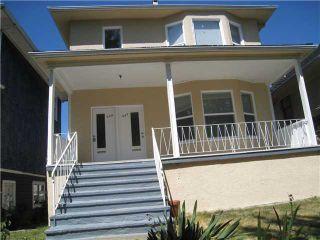 Photo 2: 835 E 13TH AV in Vancouver: Mount Pleasant VE Multifamily for sale (Vancouver East)  : MLS®# V1060494