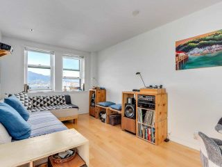 """Photo 6: 701 233 ABBOTT Street in Vancouver: Downtown VW Condo for sale in """"Abbott Place"""" (Vancouver West)  : MLS®# R2578437"""