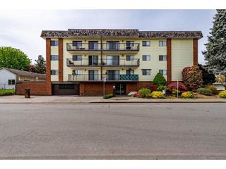 """Photo 1: 105 9417 NOWELL Street in Chilliwack: Chilliwack N Yale-Well Condo for sale in """"THE AMBASSADOR"""" : MLS®# R2575032"""