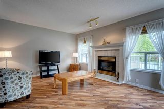 Photo 11: 33 SILVERGROVE Close NW in Calgary: Silver Springs Row/Townhouse for sale : MLS®# C4300784