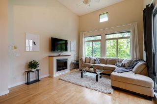 """Photo 3: 424 10180 153 Street in Surrey: Guildford Condo for sale in """"Charleton Park"""" (North Surrey)  : MLS®# R2582577"""