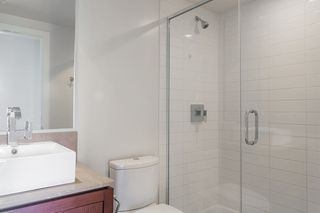"""Photo 16: 304 158 W 13TH Street in North Vancouver: Central Lonsdale Condo for sale in """"Vista Place"""" : MLS®# R2304505"""