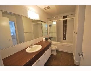 Photo 4: 309 6033 KATSURA Street in Richmond: McLennan North Condo for sale : MLS®# V746626