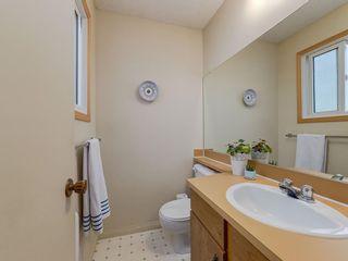Photo 14: 20 FALCONRIDGE Place NE in Calgary: Falconridge Semi Detached for sale : MLS®# C4302854