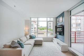 """Photo 14: 402 2738 LIBRARY Lane in North Vancouver: Lynn Valley Condo for sale in """"RESIDENCES AT LYNN VALLEY"""" : MLS®# R2589943"""