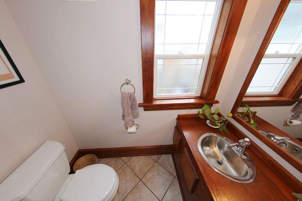 Photo 12: Photos: 110 Home Street in Winnipeg: Wolseley Single Family Detached for sale (5B)  : MLS®# 1627578