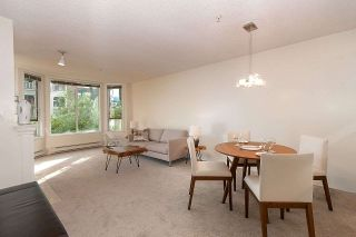 """Photo 1: 210 1230 HARO Street in Vancouver: West End VW Condo for sale in """"1230 HARO"""" (Vancouver West)  : MLS®# R2364139"""