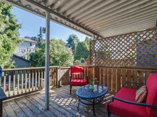 Photo 15: 1613 E 4TH AVENUE in Vancouver: Grandview VE House for sale (Vancouver East)  : MLS®# R2096953