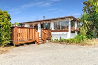 Photo 19: 8 2705 N Island Hwy in : CR Campbell River North Manufactured Home for sale (Campbell River)  : MLS®# 884406