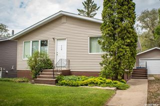 Photo 2: 110 Hatton Avenue East in Melfort: Residential for sale : MLS®# SK858912