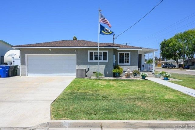 Main Photo: House for sale : 3 bedrooms : 902 Grant Avenue in El Cajon