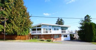 """Photo 1: 887 TWENTY FIRST Street in New Westminster: Connaught Heights House for sale in """"CONNAUGHT HEIGHTS"""" : MLS®# R2112493"""