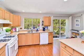 Photo 7: 3734 Epsom Dr in VICTORIA: SE Cedar Hill House for sale (Saanich East)  : MLS®# 817100