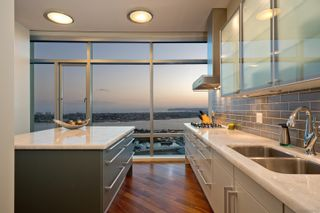 Photo 13: DOWNTOWN Condo for sale : 3 bedrooms : 165 6th Ave #2703 in San Diego