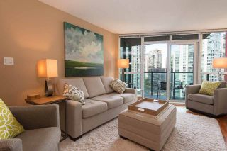 Photo 1: 1607 1189 MELVILLE STREET in Vancouver: Coal Harbour Condo for sale (Vancouver West)  : MLS®# R2199984