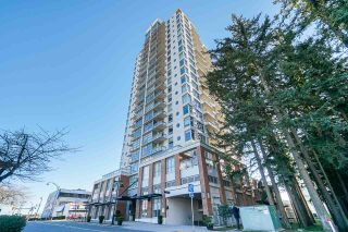 "Photo 3: 803 15152 RUSSELL Avenue: White Rock Condo for sale in ""Miramar"" (South Surrey White Rock)  : MLS®# R2532096"