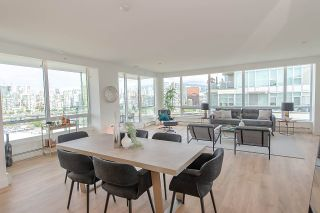 "Photo 18: PH1801 1788 COLUMBIA Street in Vancouver: False Creek Condo for sale in ""EPIC AT WEST"" (Vancouver West)  : MLS®# R2530765"