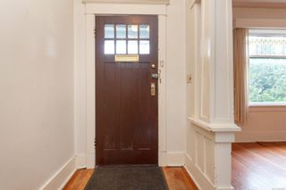 Photo 4: 1035 Richmond Ave in : Vi Rockland House for sale (Victoria)  : MLS®# 863868