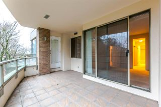 """Photo 8: 202 5885 OLIVE Avenue in Burnaby: Metrotown Condo for sale in """"THE METROPOLITAN"""" (Burnaby South)  : MLS®# R2125081"""