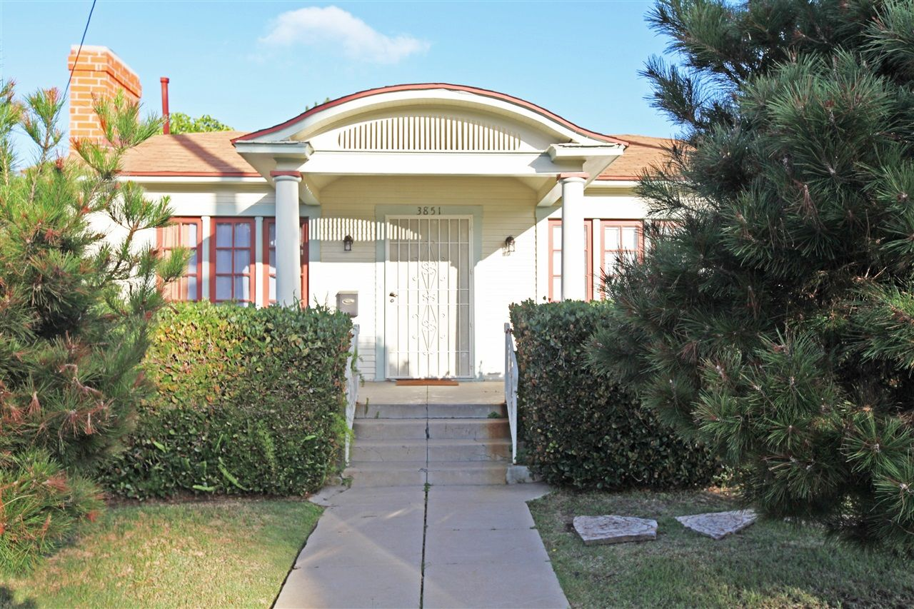 Main Photo: MISSION HILLS House for sale : 3 bedrooms : 3851 HAWK ST in SAN DIEGO
