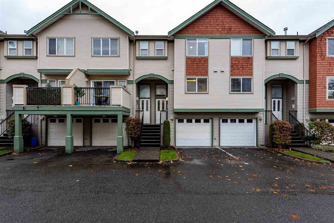 "Main Photo: 32 9470 HAZEL Street in Chilliwack: Chilliwack E Young-Yale Townhouse for sale in ""Hawthorn Place"" : MLS®# R2418100"