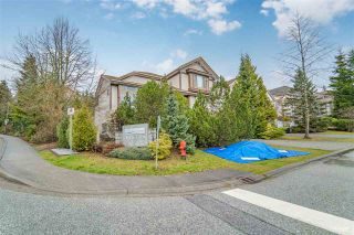 "Photo 2: 215 ASPENWOOD Drive in Port Moody: Heritage Woods PM House for sale in ""HERITAGE WOODS"" : MLS®# R2558073"
