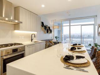 """Photo 5: 903 2311 BETA Avenue in Burnaby: Brentwood Park Condo for sale in """"WATERFALL - LUMINA"""" (Burnaby North)  : MLS®# R2541071"""