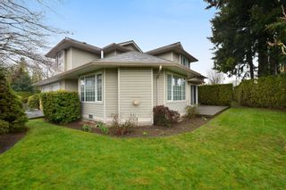 """Photo 19: 104 2513 W BOURQUIN Crescent in Abbotsford: Central Abbotsford Townhouse for sale in """"EDGEWATER PROPERTIES"""" : MLS®# R2152841"""